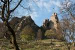 2021_05_01-Stavanie-maja-v-Cerveny-Kamen-003a